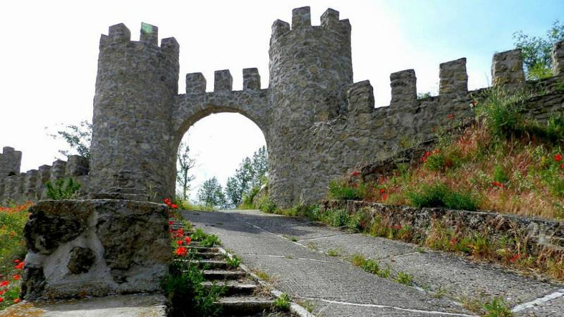 Escapadas - Ruta de castillos por Guadalajara - 15/06/19 - Escuchar ahora