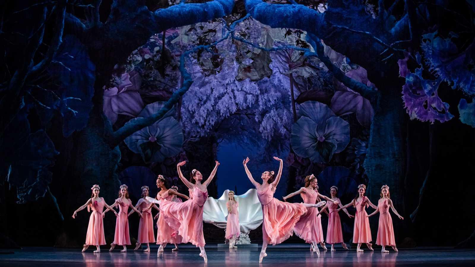 """Andanzas - """"El sueño de una noche de verano"""" de Shakespeare, Mendelssohn y Balanchine - 17/06/19 - escuchar ahora"""
