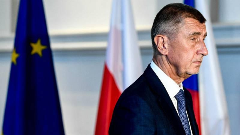 Las mañanas de RNE con Íñigo Alfonso - Moción de censura contra el primer ministro checo - Escuchar ahora