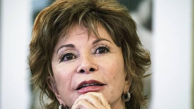 'Largo pétalo de mar' de Isabel Allende