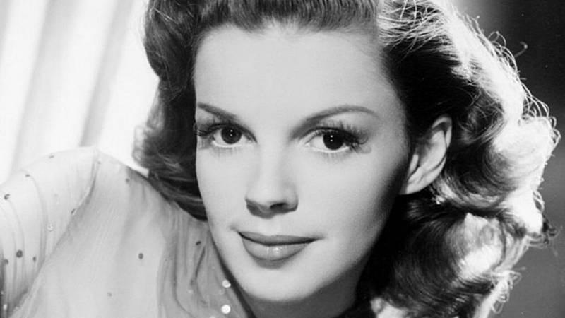 24 horas - En algún lugar del tiempo   50 años de Judy Garland - escuchar ahora