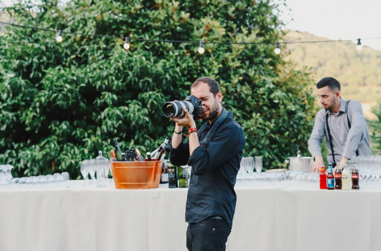 Recursos Homínids - Feina #60 | Fotògraf de casaments