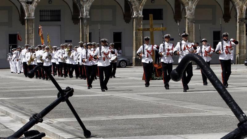 Españoles en la mar - La Armada conmemora la festividad de su patrona, la Virgen del Carmen - escuchar ahora