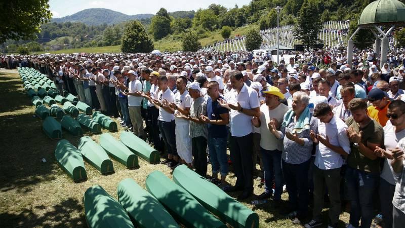 Boletines RNE - Países Bajos, parcialmente responsable de la matanza de Srebrenica - Escuchar ahora