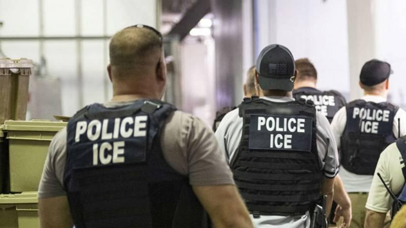 Cinco continentes - Una deportación que acaba en muerte - 08/08/19 - Escuchar ahora