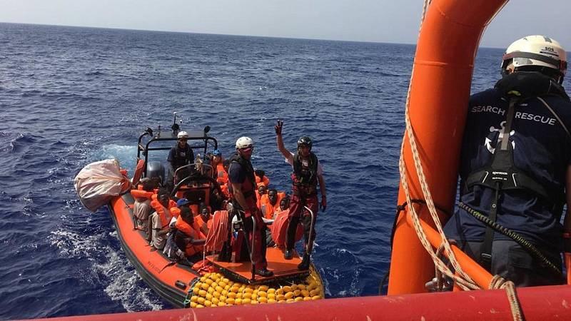 24 horas fin de semana - 20 horas - Libia un país en guerra y de hacinamiento de inmigrantes - Escuchar ahora
