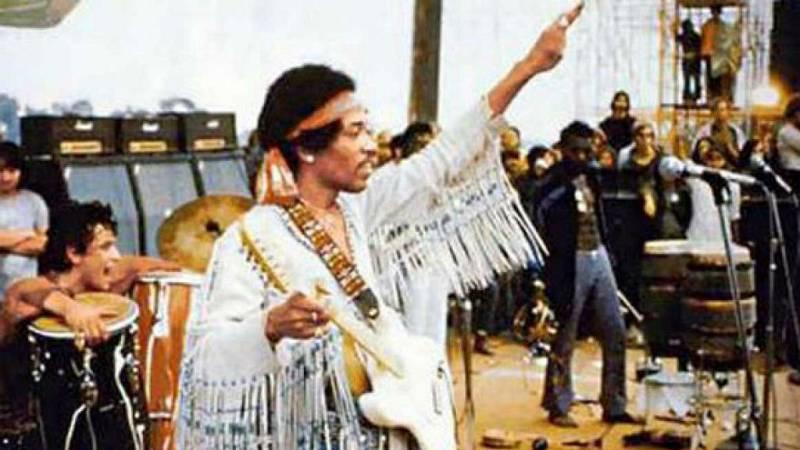 El gallo que no cesa - Woodstock, 50 años después - Escuchar ahora