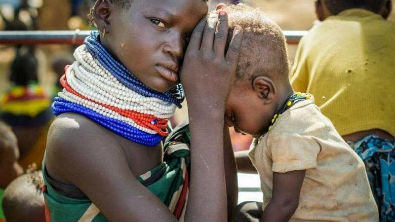Cinco continentes - La infancia de Malí, atrapada en un conflicto sin fin - escuchar ahora