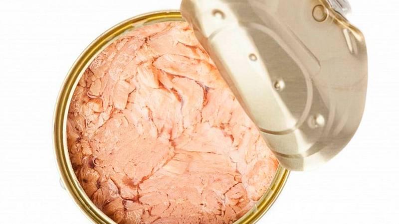 Boletines RNE - Alerta sanitaria por un brote de intoxicaciónen el atún de día  - Escuchar ahora