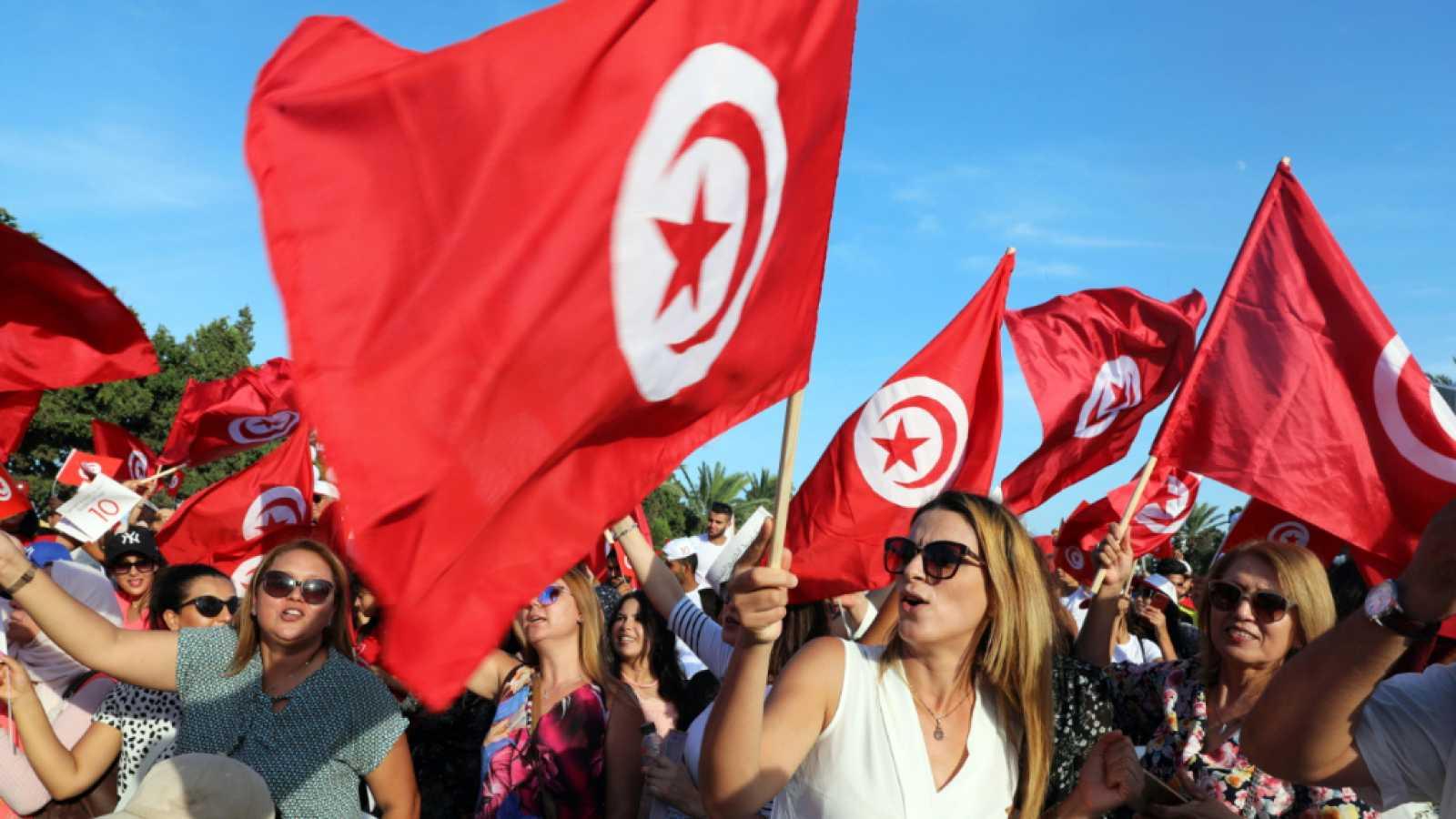 Cinco continentes - Recta final de la campaña en Túnez