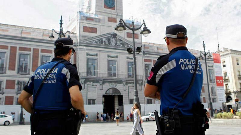 14 horas - La policía municipal de Madrid utilizará pistolas de descargas eléctricas - Escuchar ahora