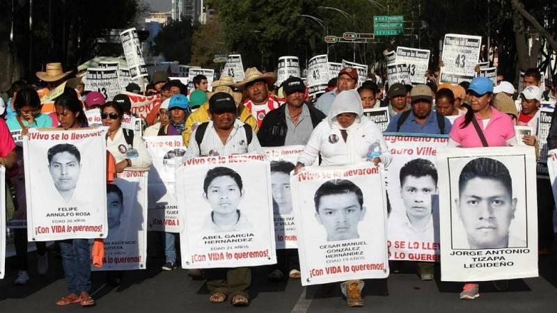 Las Mañanas de RNE - Cinco años de impunidad y sin noticias de los 43 estudiantes de Iguala - Escuchar ahora