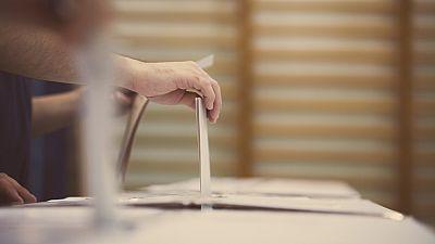 Las Mañanas de RNE con Íñigo Alfonso - España en funciones: Voto rogado - Escuchar ahora