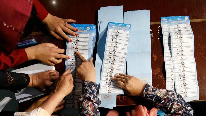 """Las autoridades afganas califican las elecciones presidenciales de """"éxito"""" - Escuchar ahora"""