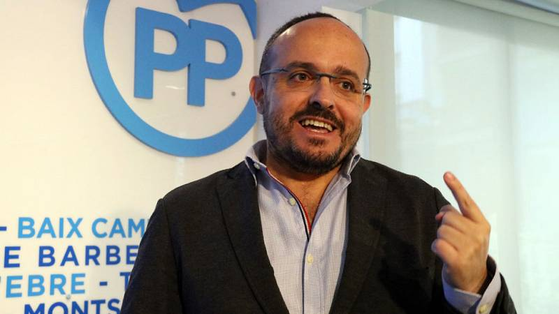 Las mañanas de RNE con Íñigo Alfonso - El PP Catalán apoya la moción de Ciudadanos contra Torra - Escuchar ahora