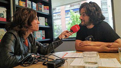 "Libros de Arena - Manuel Jabois presenta ""Malaherba"" - Escuchar Ahora"