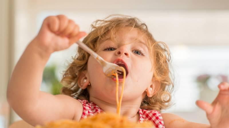 14 horas - Uno de cada tres niños en el mundo come mal y está desnutrido o con sobrepeso - Escuchar ahora