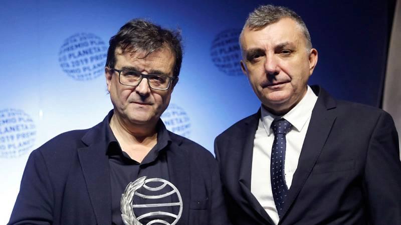 Las mañanas de RNE con Íñigo Alfonso - Javier Cercas gana el Planeta y Manuel Vilas queda finalista - Escuchar ahora