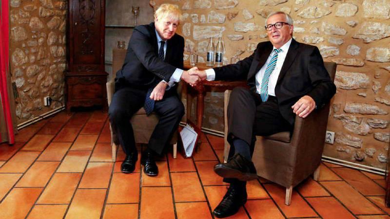 Todo Noticias - Mañana - La UE y el Reino Unido logran un acuerdo para el 'brexit' tras ocho meses de negociaciones - Escuchar ahora