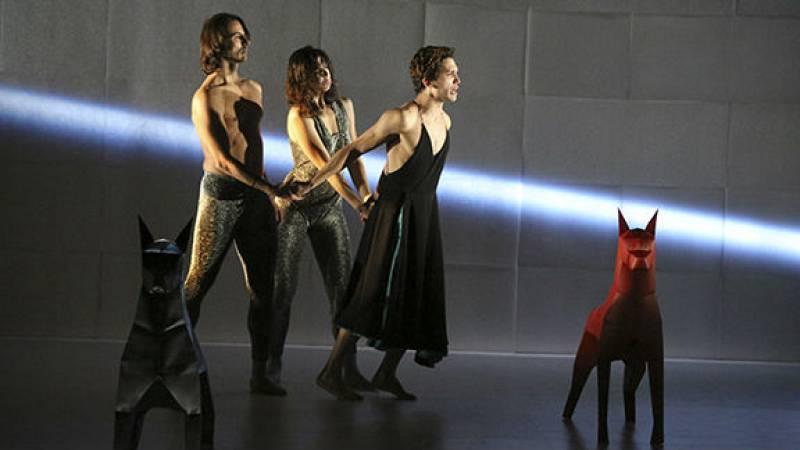 En escena - Con mochila y artes escénicas en Pekín, Tiblisi, Bolzano y Nueva York - 22/10/19 - Escuchar ahora