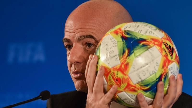 14 horas - La FIFA presenta el nuevo Mundial de Clubes - Escuchar ahora
