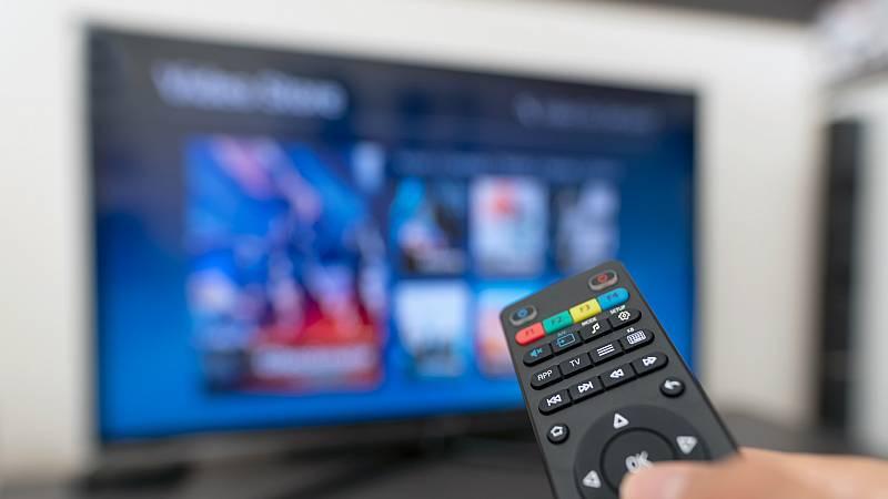 Las mañanas de RNE con Íñigo Alonso - Disney y Apple amenazan el liderazgo de Netflix - Escuchar ahora