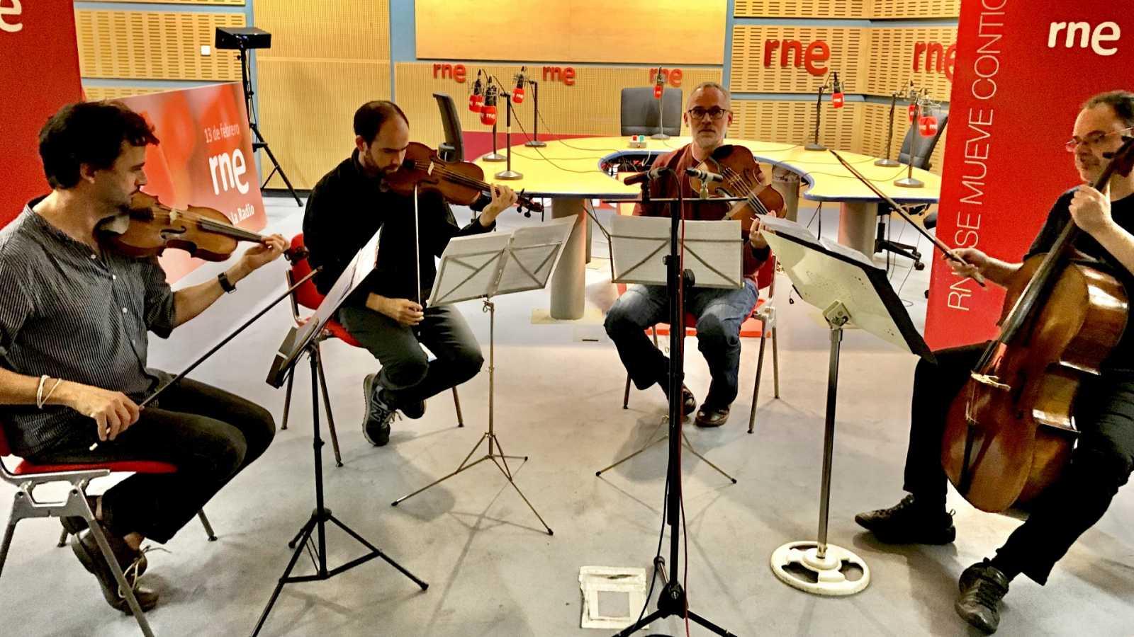 Entre dos luces - Brunetti en directo, con cuarteto Trifolium - 01/11/19 - escuchar ahora