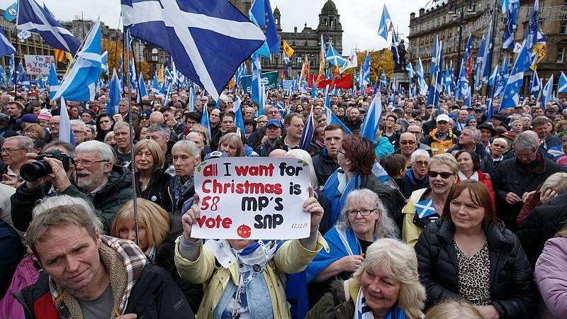 El independentismo escocés demanda en Glasgow un segundo referéndum - Escuchar ahora