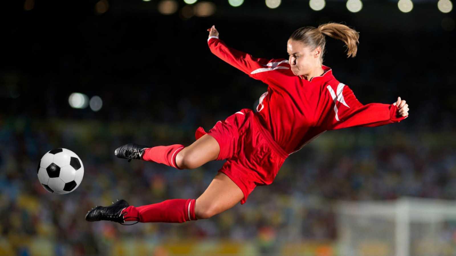 Diez minutos bien empleados - El fútbol femenino sin convenio y en huelga - 04/11/19 - Escuchar ahora
