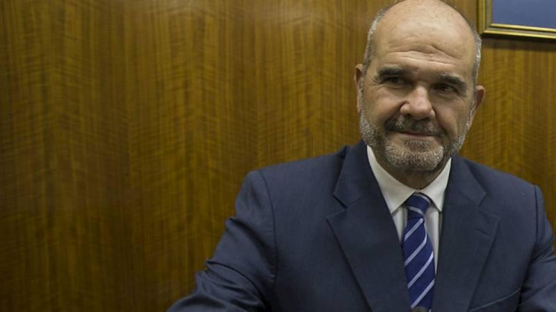 Boletines RNE - Chaves se marcha de la comisión de la Faffe sin declarar - Escuchar ahora