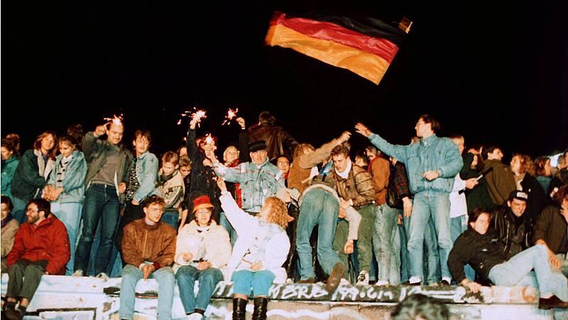 Las mañanas de RNE con Íñigo Alfonso - Las horas en las que cayó el Muro de Berlín  - Escuchar ahora