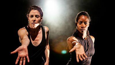 La sala - Un estreno de la compañía Marco Vargas & Chloé Brûlé en el Teatro Central de Sevilla - 17/11/19 - escuchar ahora