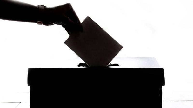 Las mañanas de RNE con Íñigo Alfonso - ¿Por qué 38 municipios tendrán que volver a votar este domingo?  - Escuchar ahora