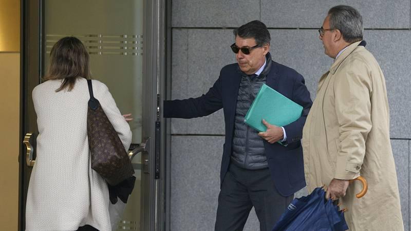 Boletines RNE - Anticorrupción pide procesar a Ignacio González en el 'caso Lezo' - Escuchar ahora