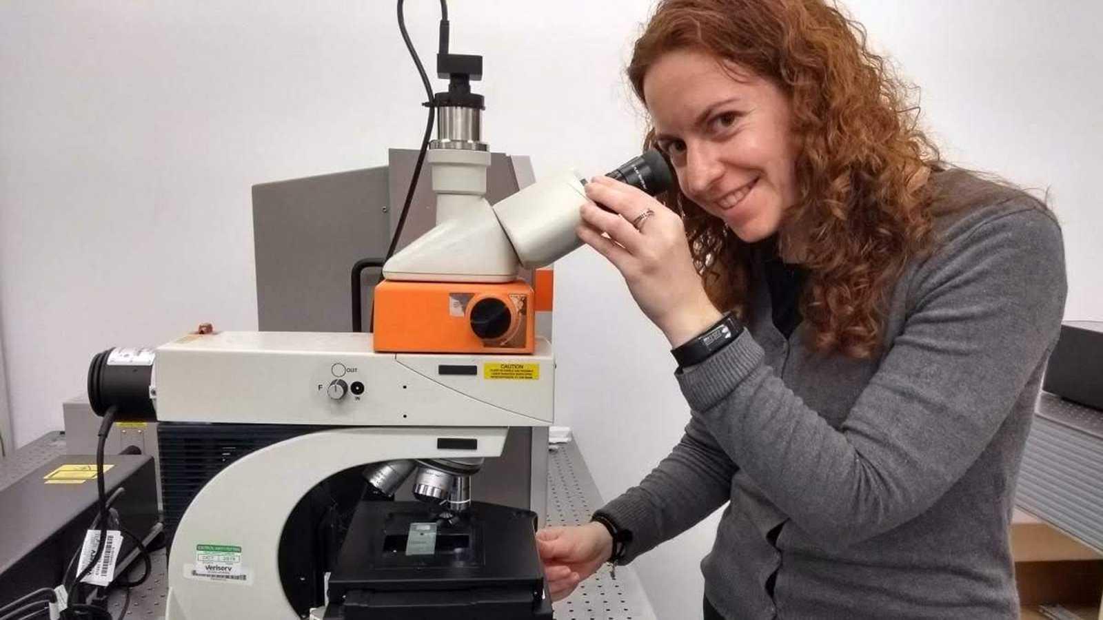 Laura Martínez investiga con la Física para mejorar la vida