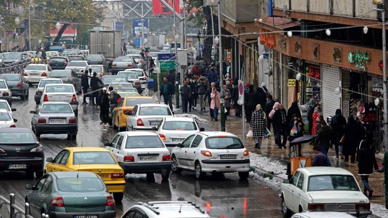 Las mañanas de RNE con Íñigo Alfonso - Siguen los disturbios en Irán por la subida del combustible - Escuchar ahora