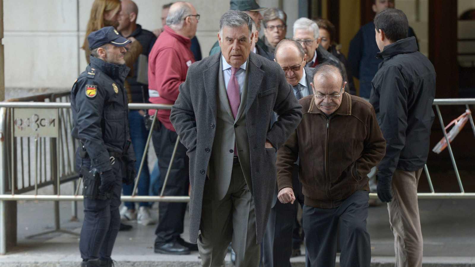14 horas - La Fiscalía pide el ingreso en prisión de cuatro de los condenados por los ERE - Escuchar ahora