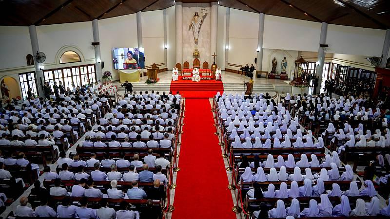 Las mañanas de RNE con Íñigo Alfonso - El Papa apoya a los católicos tailandeses - Escuchar ahora