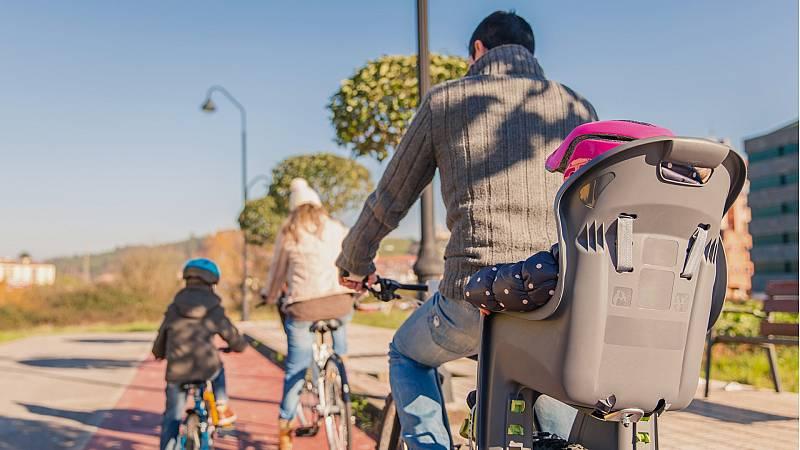 Mamás y papás - Las bicicletas no sólo son para el verano - 23/11/19 - Escuchar ahora
