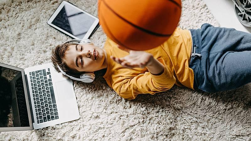 14 horas - 8 de cada 10 adolescentes en el mundo no realiza el ejercicio físico diario recomendado - Escuchar ahora