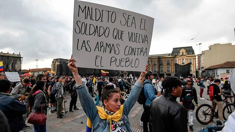 Colombia mantiene viva la protesta ante inicio del diálogo incierto de Duque - Escuchar ahora