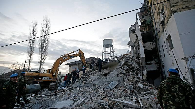Boletines RNE - Al menos seis fallecidos tras un terremoto en Albania - Escuchar ahora