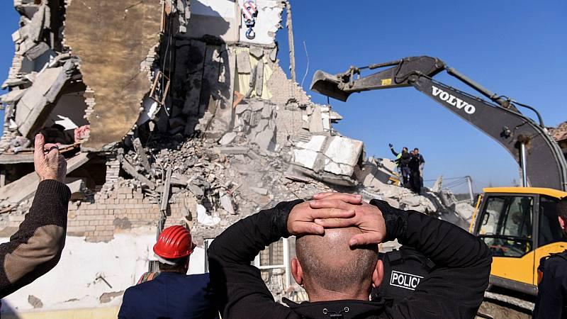 14 horas - Una docena de personas fallecidas en el terremoto de Albania - Escuchar ahora
