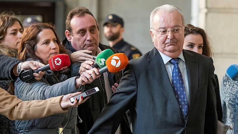 14 horas - Libertad para cuatro ex altos cargos de la Junta condenados por los ERE - Escuchar ahora