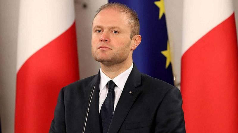 Las mañanas de RNE con Íñigo Alfonso - El primer ministro de Malta anuncia que dimitirá en enero tras el escándalo de la periodista asesinada - Escuchar ahora