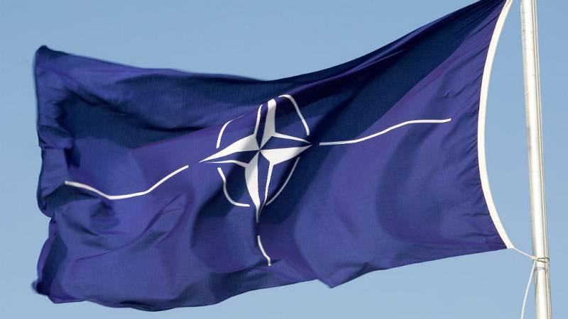 """Todo noticias mañana - Antonio Marquina, UNISCI: """"El mayor porblema de la OTAN es la desunión"""" - Escuchar ahora"""