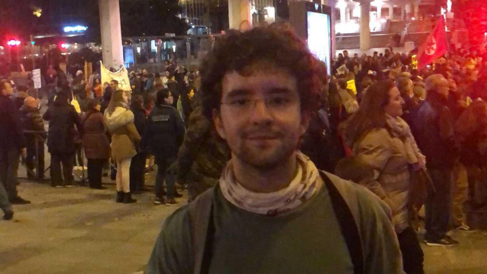 """24 horas - Lucas Barrero: """"Los jóvenes trabajamos por el clima mejor que el Congreso de los Diputados"""" - Escuchar ahora"""