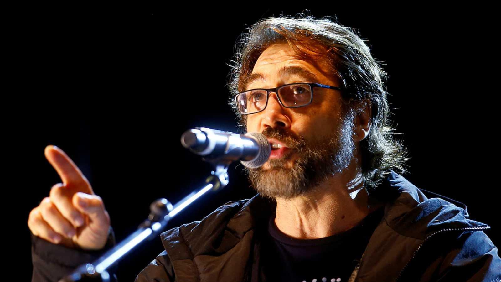 14 horas fin de semana - Javier Bardem pide disculpal al alcalde Almeida - Escuchar ahora