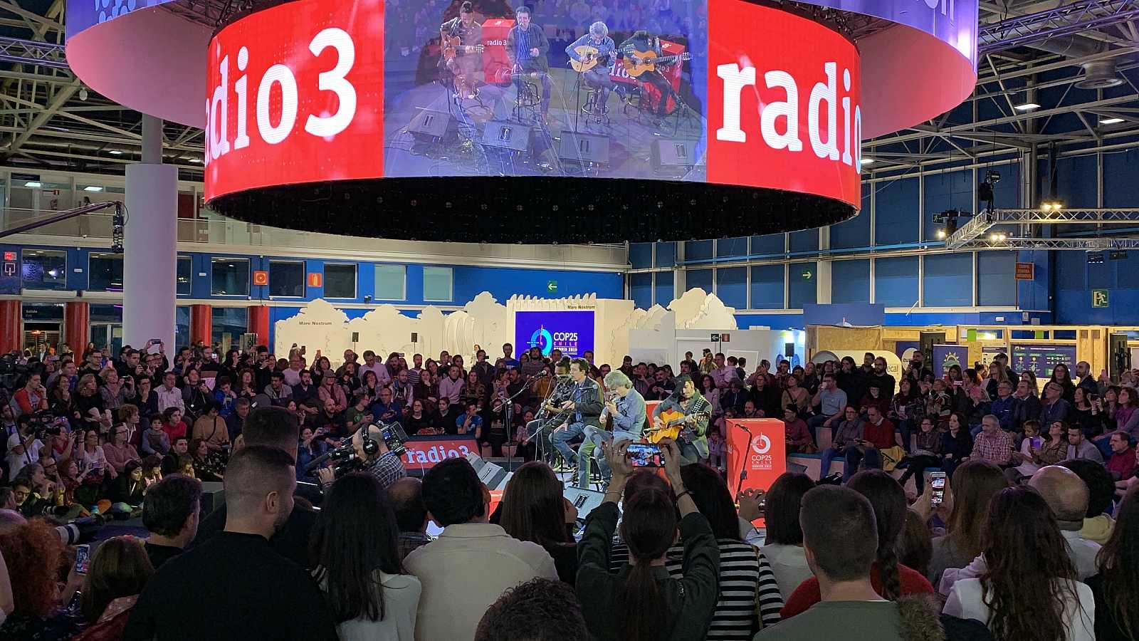 Radio 3 suena por el planeta - Patax, Sandra Carrasco, Enrriquito y Paco Soto y Manolo García - 06/12/19 - escuchar ahora