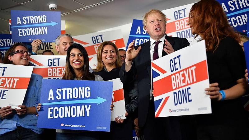 14 horas fin de semana - A cuatro días para las elecciones en el Reino Unido Johnson sería el vencedor - Escuchar ahora